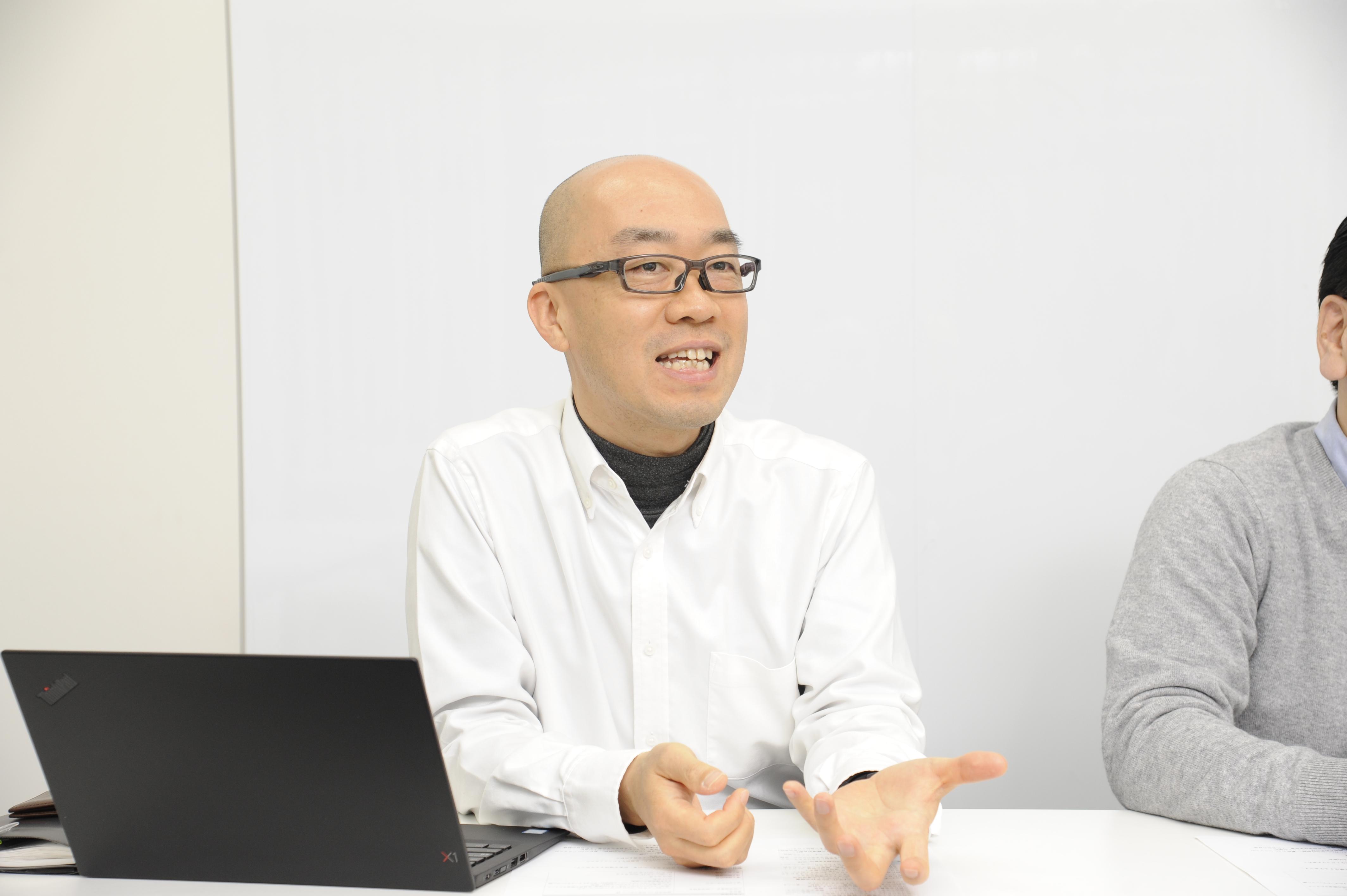 河野賢太郎氏