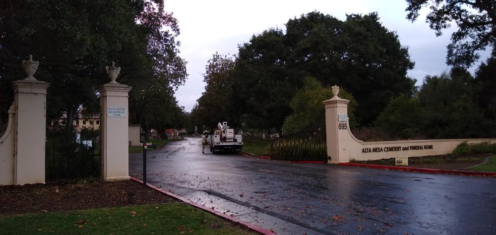アルタ・メサ記念公園:ジョブズのお墓