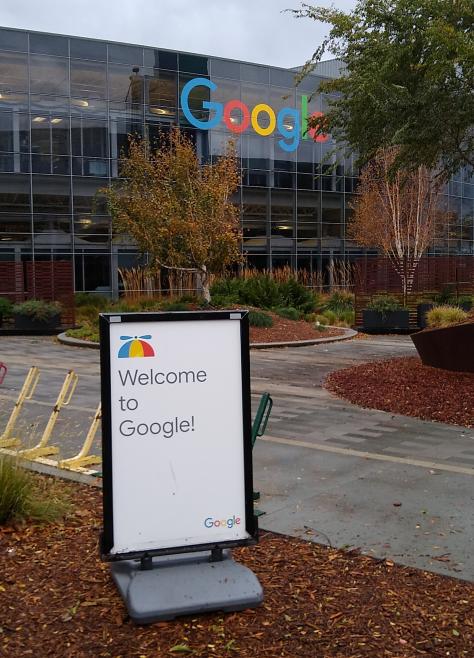 グーグルプレックス:Google本社